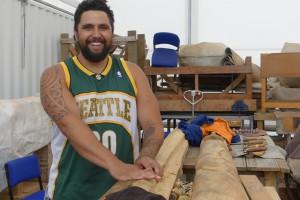 Maori carver Poutama Hetaraka